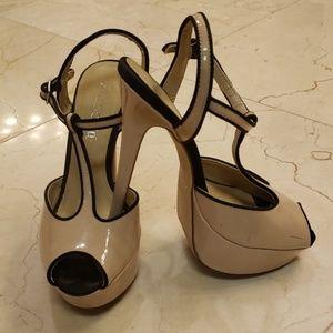 Aldo T-strap nude patent platform heels, Sz 8